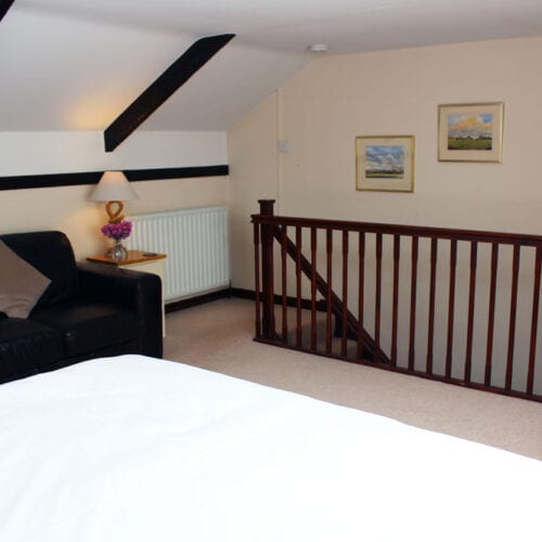 Galleried bedroom for holiday rentals near langport