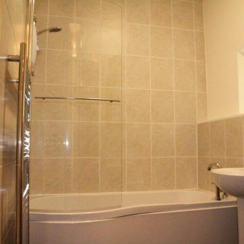 Rental cottage with bathtub near kingsbury episcopi